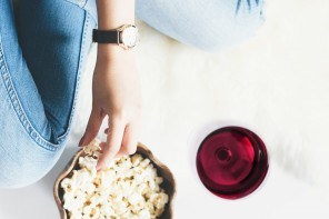 How to Pair Popcorn with Wine